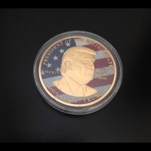 Donald Trump gold plated, souvenir collector coin